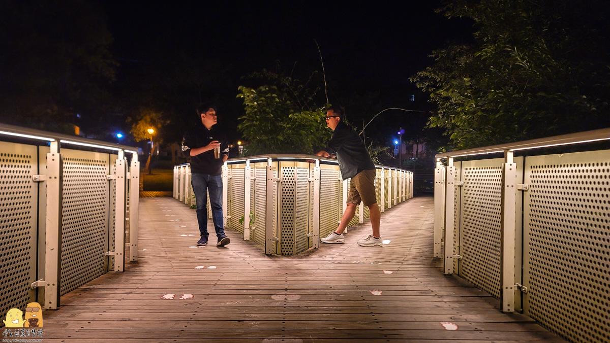 大溪橋空橋夜景