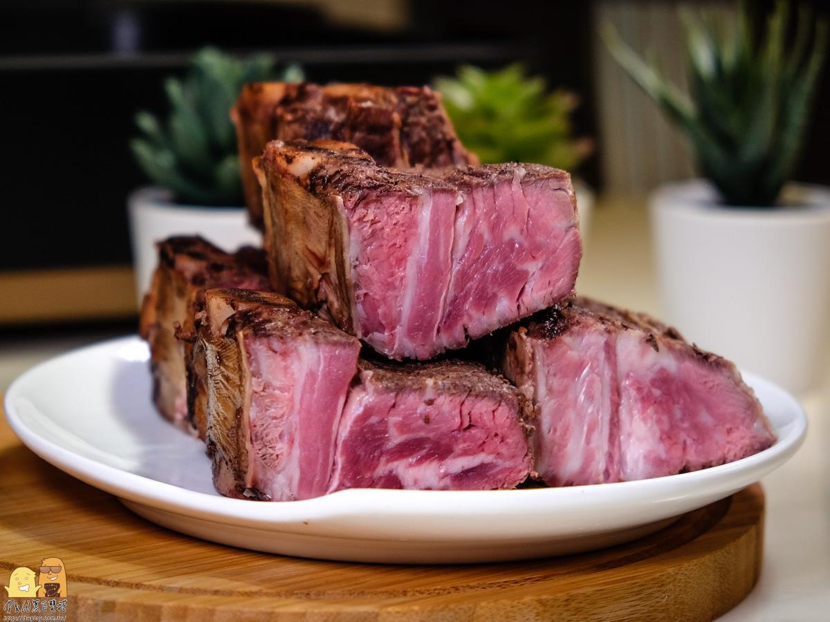 進烤箱前切塊-阿根廷烤牛肉推薦
