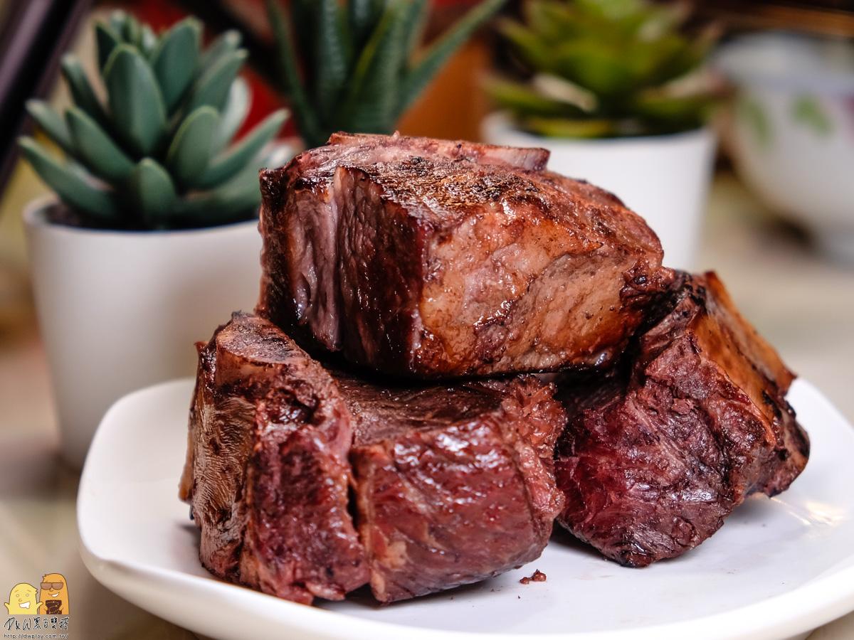 牛小排切塊擺盤照-阿根廷烤牛肉推薦